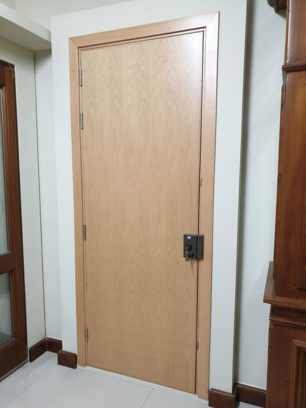 Beech veneer 60' FR Main door_back