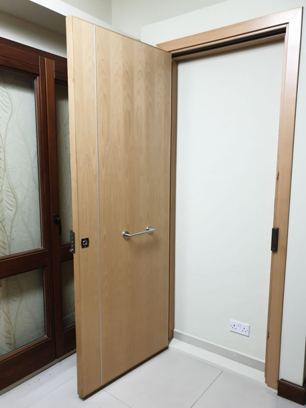 Beech veneer 60' FR Main door_front