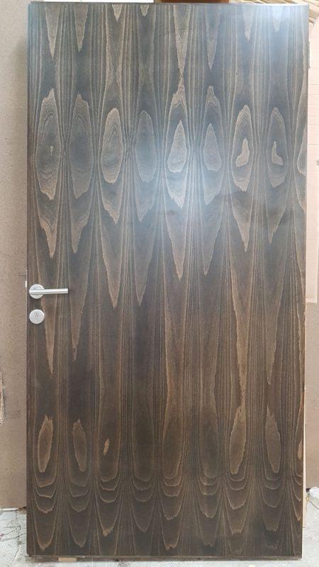 Flush door_beech stain Wenge