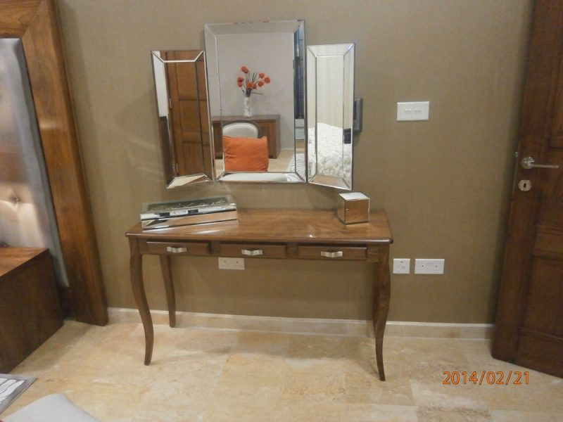 Gaffarena dressing table 1